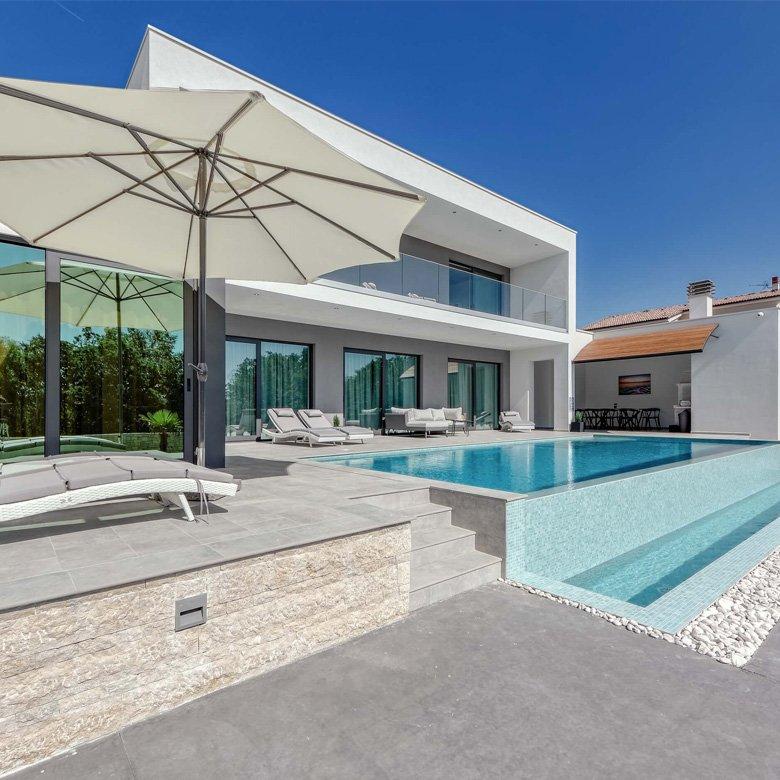 780x780-Modern-Villa
